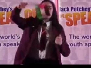 İngilizler Filistinli Leanne'nin Sesini Kıstı!