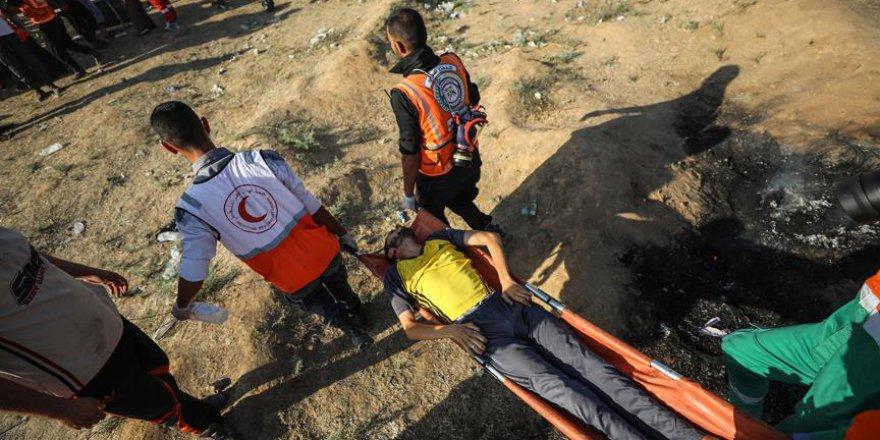 Siyonist İsrail Askerleri Gazze Sınırında Bir Filistinliyi Şehit Etti